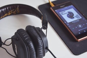 application for listen to music